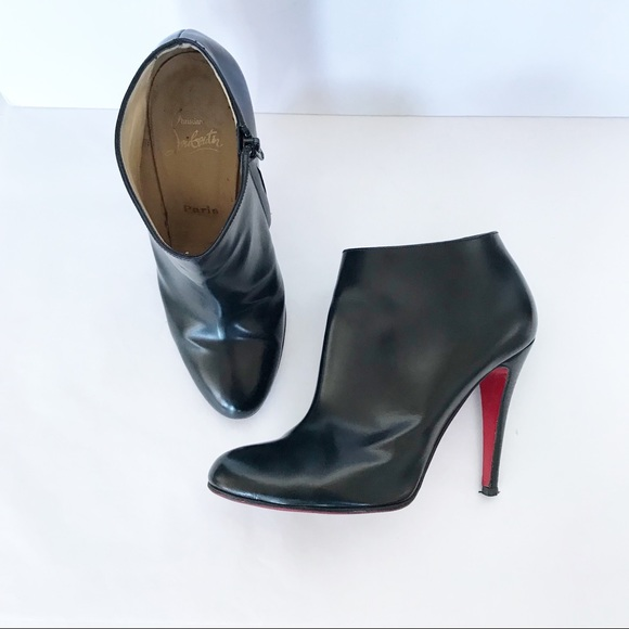 the latest 2aa00 83e96 CHRISTIAN LOUBOUTIN Black Belle Leather Bootie 40